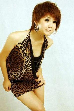 中國太極界痛失時尚美女