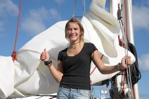 16歲荷蘭女駕帆環球 金氏紀錄不認