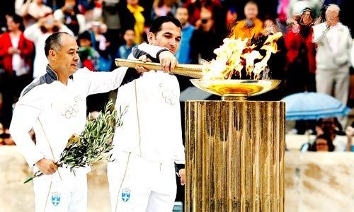 雅典舉行倫敦奧運聖火移交儀式