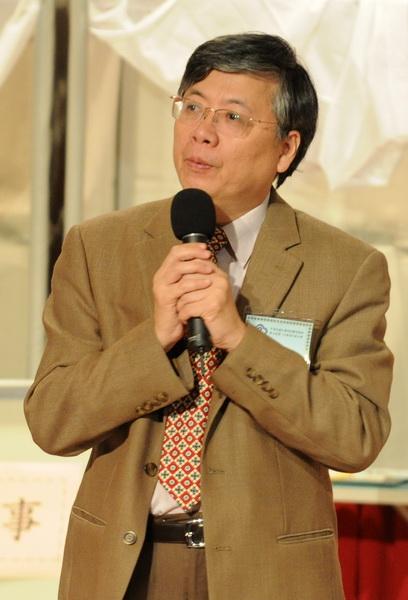 輔大校長江漢聲高票當選 出任大專體總新任會長