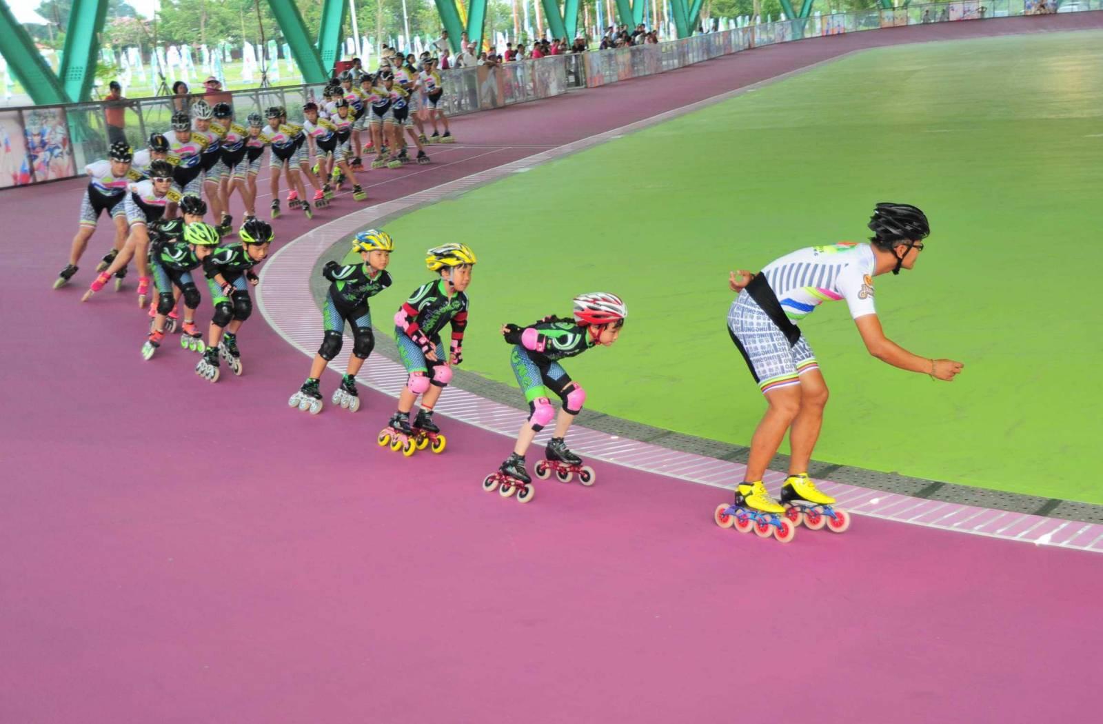 全台首座 高雄國際滑輪溜冰場落成啟用