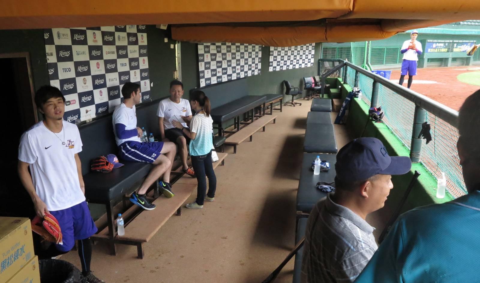澄清湖棒球場迎全運 更新地板貼近選手的心