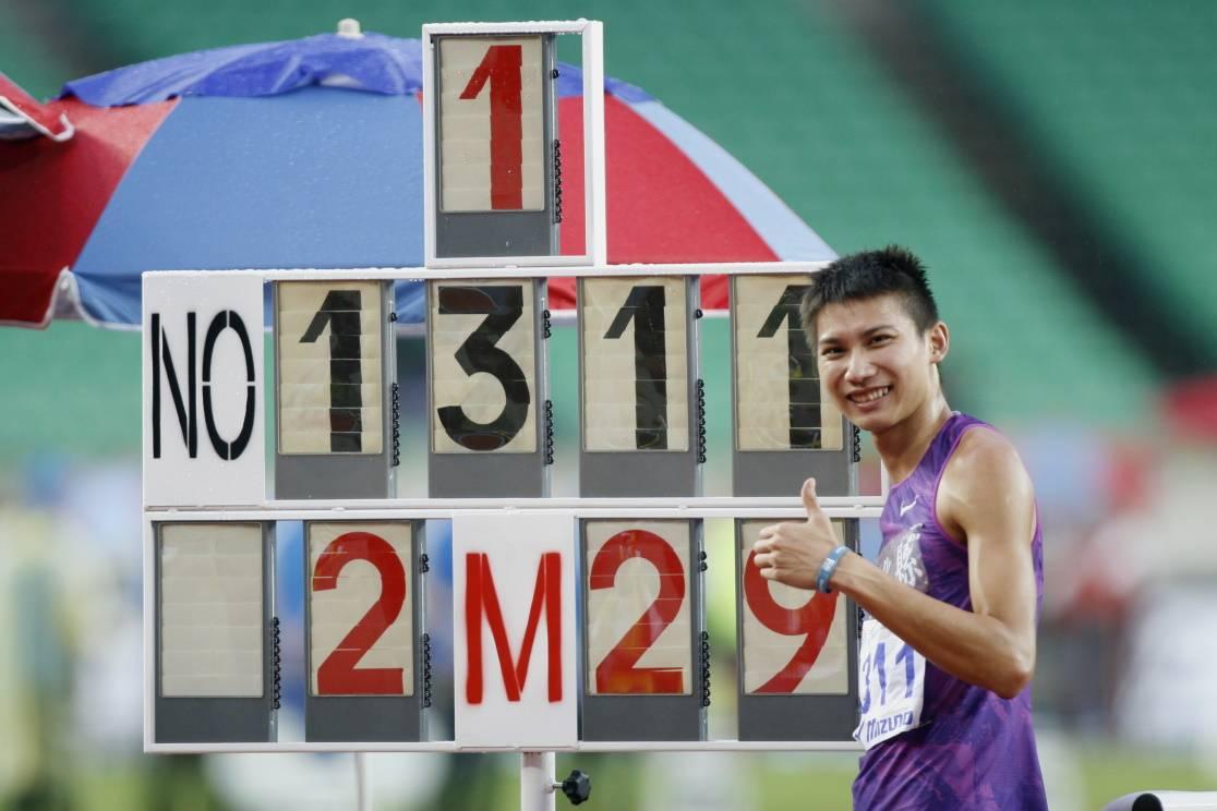104全運會田徑賽陳傑400 欄、向俊賢跳高獲奧運門票