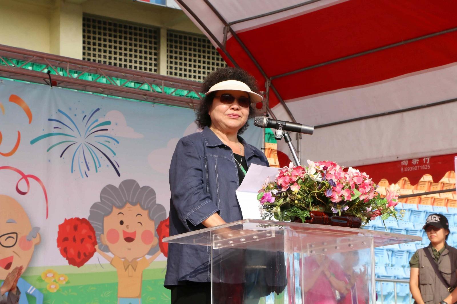 國寶在這啦 長青運動會5000人參加
