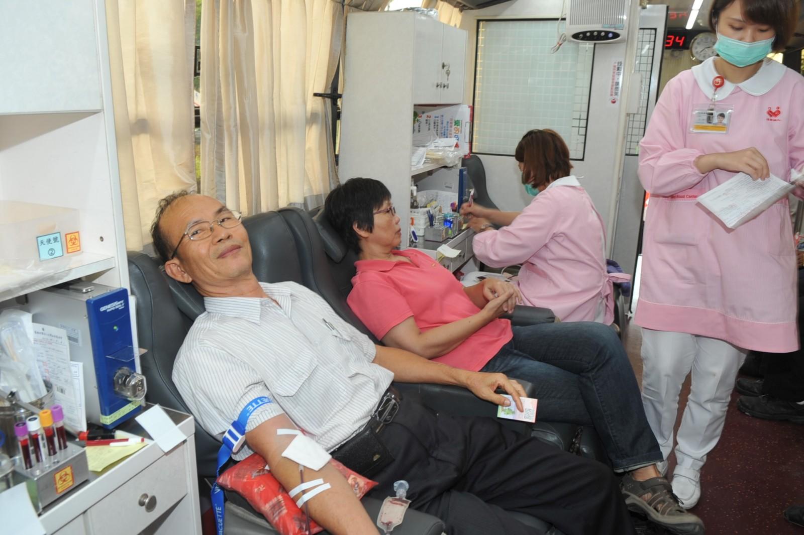 挽袖獻愛心 中油煉製事業部響應公益捐血