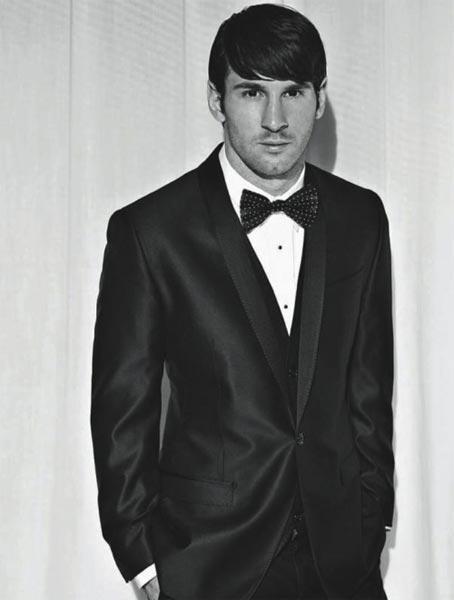 梅西為雜誌拍寫真 穿西裝秀出型男氣質
